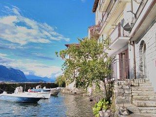 SWEET LAKE  appartamento direttamente sul lago