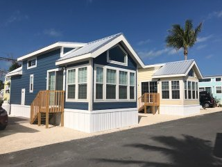One Bedroom Cottage on Pelican RV Resort in Marathon, Sleeps 4