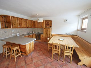 3 bedroom Apartment in Massimeno, Trentino-Alto Adige, Italy : ref 5555549