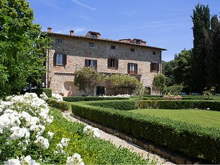 Villa Cavalieri 10 - Splendid property with garden and swimming pool