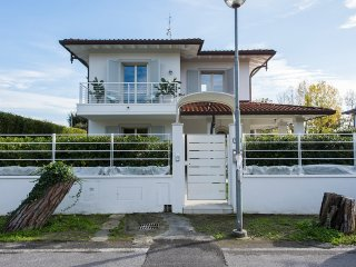 Villa Julie - Lovely detached villa near the sea