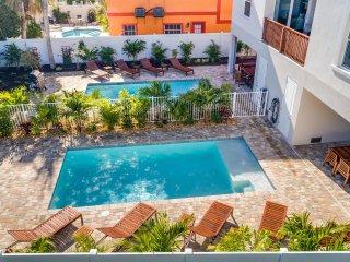 The Big Kahuna – 8BR/6BA Private Home, Heated Pool, Private Cabana Walk to Beach