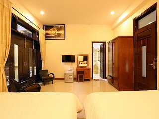 Golden Sunbeam Homestay: Family Room 2 with ensuite