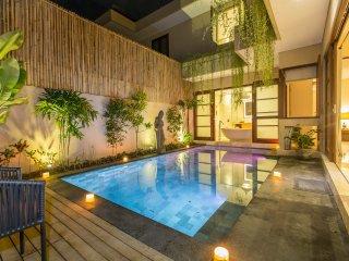 BBV, 2 Bedroom Villa, Near Padma Beach, Legian;
