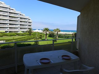 2 bedroom Apartment in Canet-Plage, Occitania, France : ref 5040081