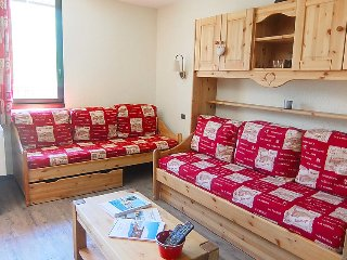 1 bedroom Apartment in Les Menuires, Auvergne-Rhone-Alpes, France : ref 5050969