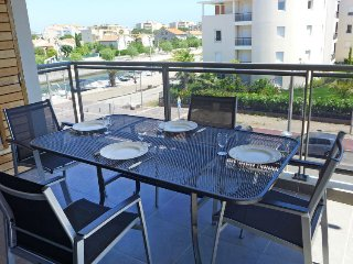 1 bedroom Apartment in Frejus, Provence-Alpes-Cote d'Azur, France : ref 5400725