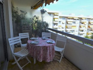 2 bedroom Apartment in Nice, Provence-Alpes-Cote d'Azur, France : ref 5345695