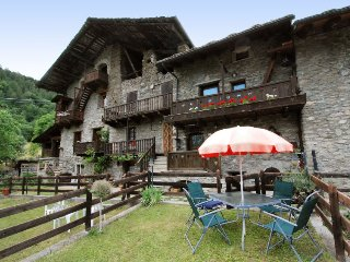 2 bedroom Villa in Ville Sur Sarre, Aosta Valley, Italy : ref 5425955