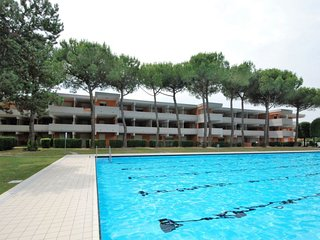 2 bedroom Apartment in Bibione, Veneto, Italy : ref 5082736