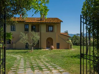 1 bedroom Apartment in Vinci, Tuscany, Italy : ref 5055219