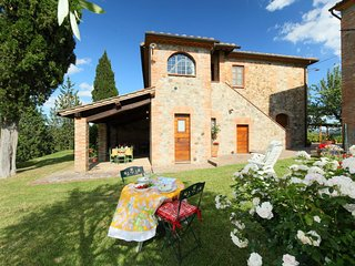2 bedroom Apartment in Cetona, Tuscany, Italy : ref 5055689
