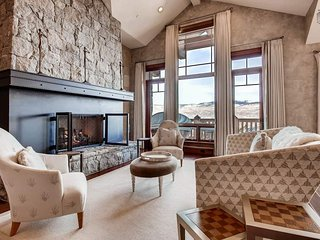Ski-in, ski-out Beaver Creek home, hot tub and pool table - Snowflake Chateau