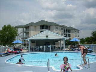 Outdoor/Indoor Pools,  Hot Tubs, Free Miniature Golf, Shuffleboard, and Volleyball, Playground, etc