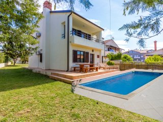 Villa with pool in Medulin