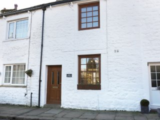 LILY COTTAGE, Yorkshire Dales, in Embsay, Smart TV, Ref 966052