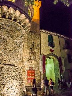 Visit the local town of Castiglione