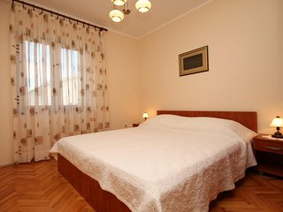 Two bedroom apartment Povljana, Pag (A-244-b)