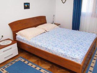 Two bedroom apartment Postira, Brač (A-706-b)