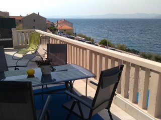 Postira Apartment Sleeps 4 with Air Con - 5459698