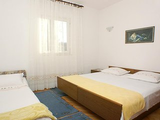 One bedroom apartment Mirca, Brac (A-730-b)