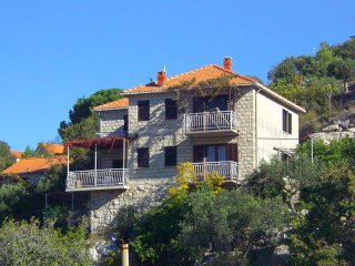 Two bedroom apartment Postira, Brač (A-742-a)