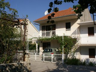 Two bedroom apartment Seget Vranjica (Trogir) (A-1050-a)