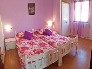 One bedroom apartment Rukavac, Vis (A-1153-c)