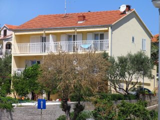 One bedroom apartment Stari Grad (Hvar) (A-102-b)
