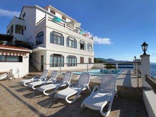 Smokvica Apartment Sleeps 2 with Pool and WiFi - 5458982
