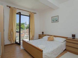 Two bedroom apartment Grscica, Korcula (A-132-b)