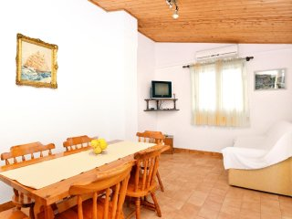 Two bedroom apartment Prizba, Korcula (A-149-b)