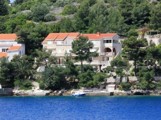 Two bedroom apartment Račišće, Korčula (A-151-a)