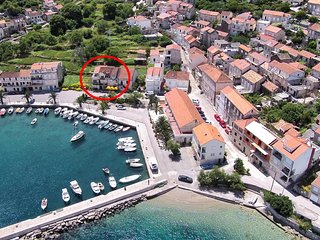 Two bedroom apartment Racisce (Korcula) (A-9337-a)