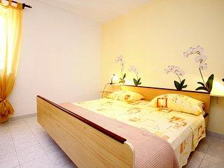 One bedroom apartment Tri Zala, Korcula (A-174-c)