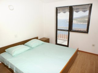 Three bedroom apartment Zavalatica, Korcula (A-547-b)