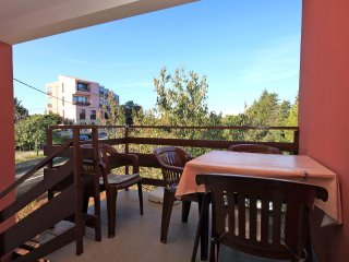 Batalaza Apartment Sleeps 5 with Air Con and WiFi - 5459819