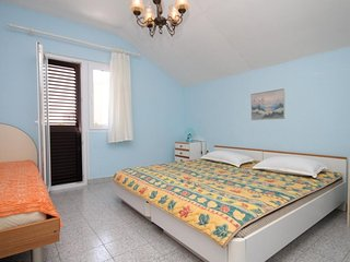 One bedroom apartment Sali, Dugi otok (A-872-b)