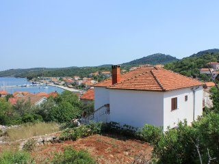 Two bedroom apartment Sali (Dugi otok) (A-883-a)