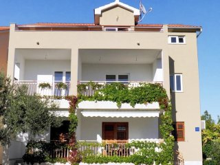 One bedroom apartment Zaboric (Sibenik) (A-469-b)