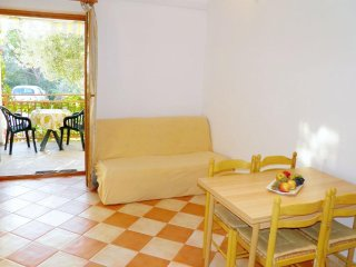 One bedroom apartment Zaboric, Sibenik (A-469-b)