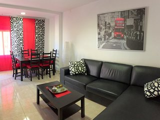 GR62- 3 bedrooms apartment totally renoved on the center of Roses