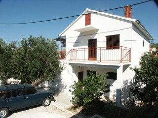Podglavica Apartment Sleeps 5 with Air Con and WiFi - 5460359