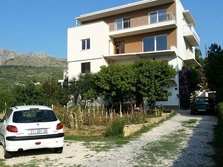 Two bedroom apartment Podstrana (Split) (A-2087-c)