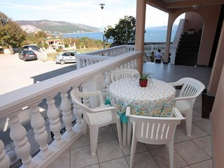 Hrvatini Apartment Sleeps 4 with Air Con and WiFi - 5460608