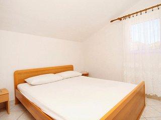 One bedroom apartment Rukavac, Vis (A-2478-b)