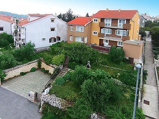 Two bedroom apartment Cres (A-2510-a)