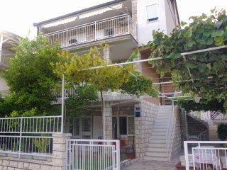 Two bedroom apartment Podaca (Makarska) (A-2576-b)