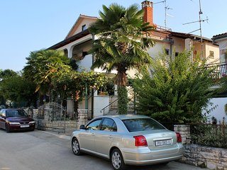 Two bedroom apartment Novigrad (A-2536-a)