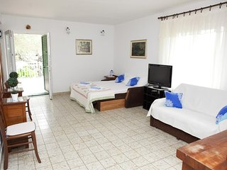 One bedroom apartment Promajna, Makarska (A-2588-c)